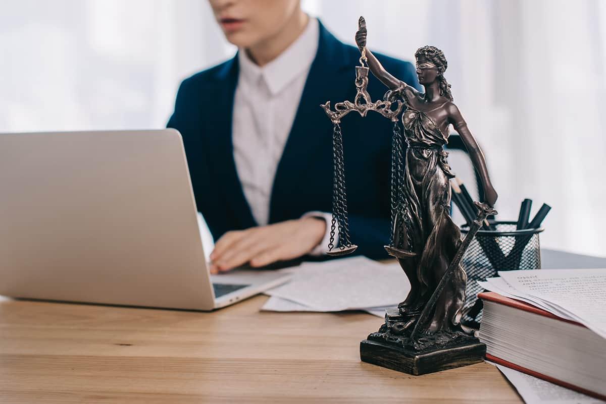 El Dret laboral és una de les àrees de pràctica de Silvestre Advocats, advocat Andorra